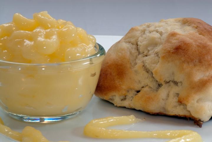 Lemon-Curd & Tea-TimeScones